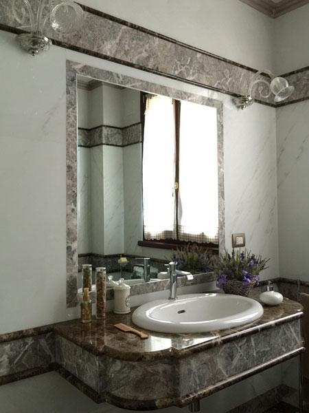Bagni in Marmo Reggio Emilia – Rivestimento lavabo lavelli in ...