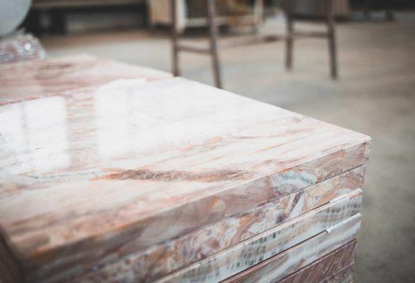 marmo-perlato-grigio-fior-d-i-pesco