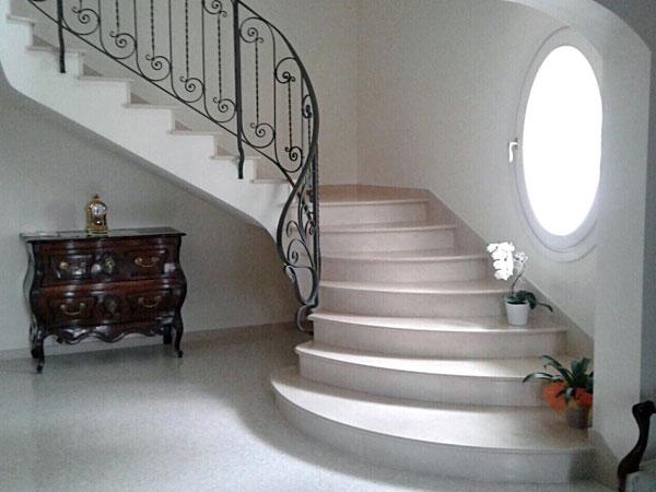 Scale in marmo reggio emilia parma gradini scalini for Scale in marmo per interni moderne